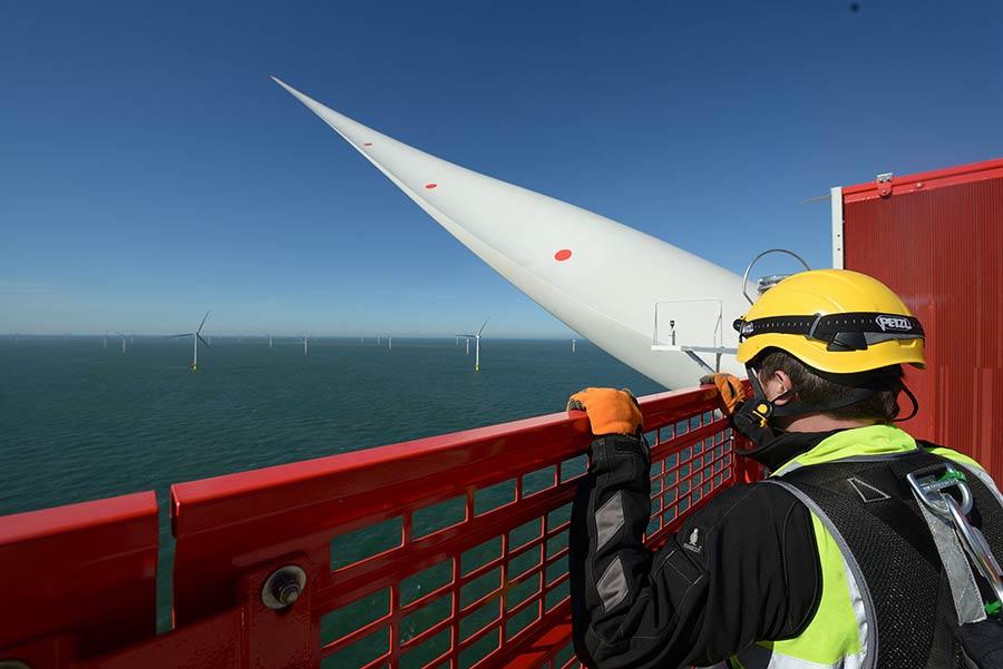 Wind tech overlooking Galloper